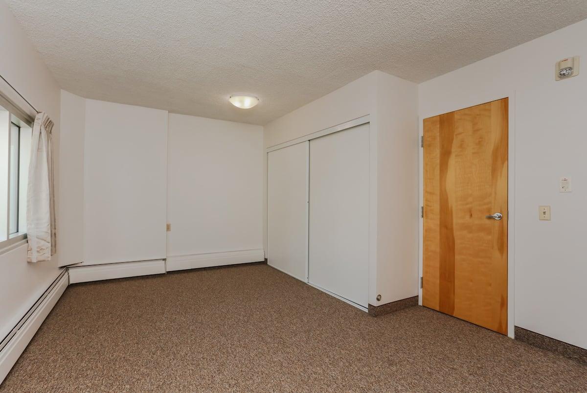 One bedroom suite barrier free bedroom